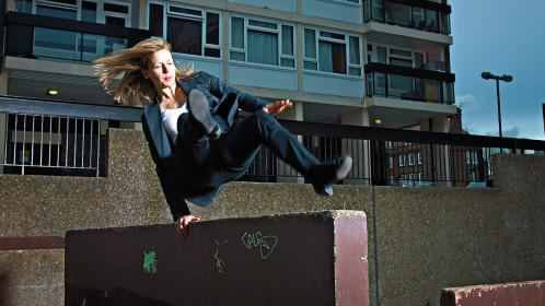 Don&#39;t be tied to your desk all day! Get up, get out and get moving &amp; reap the benefits physically, mentally, emotionally &amp; creatively. Neurogenesis only happens reliably in the short window after moving your body, so MOVE. #parkour #pkgen #movement #fitness<br>http://pic.twitter.com/J0AguiERhY