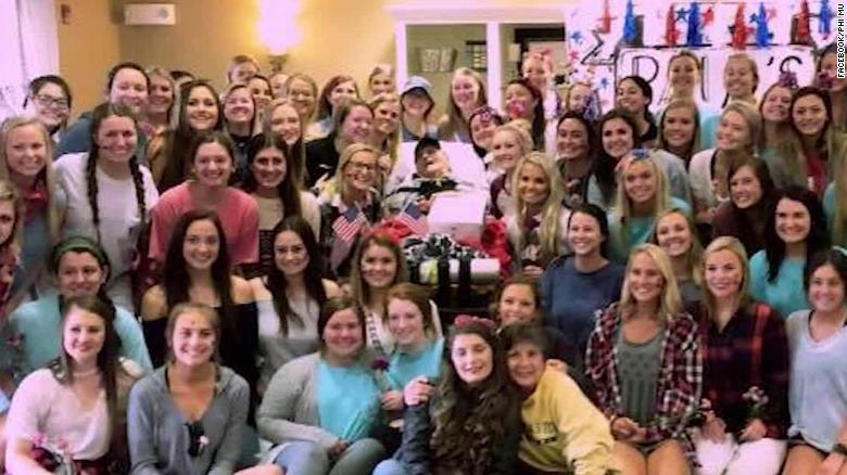 Sorority hosts dance to make WW2 Navy veteran's wish come true https://t.co/eXYVe39gUh