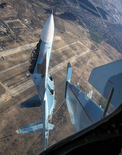 الكشف عن نسخة SU-30 SM1 الجديدة استنادا لتجربة القتال في سوريا. Dbuw6OiWAAA_IyQ