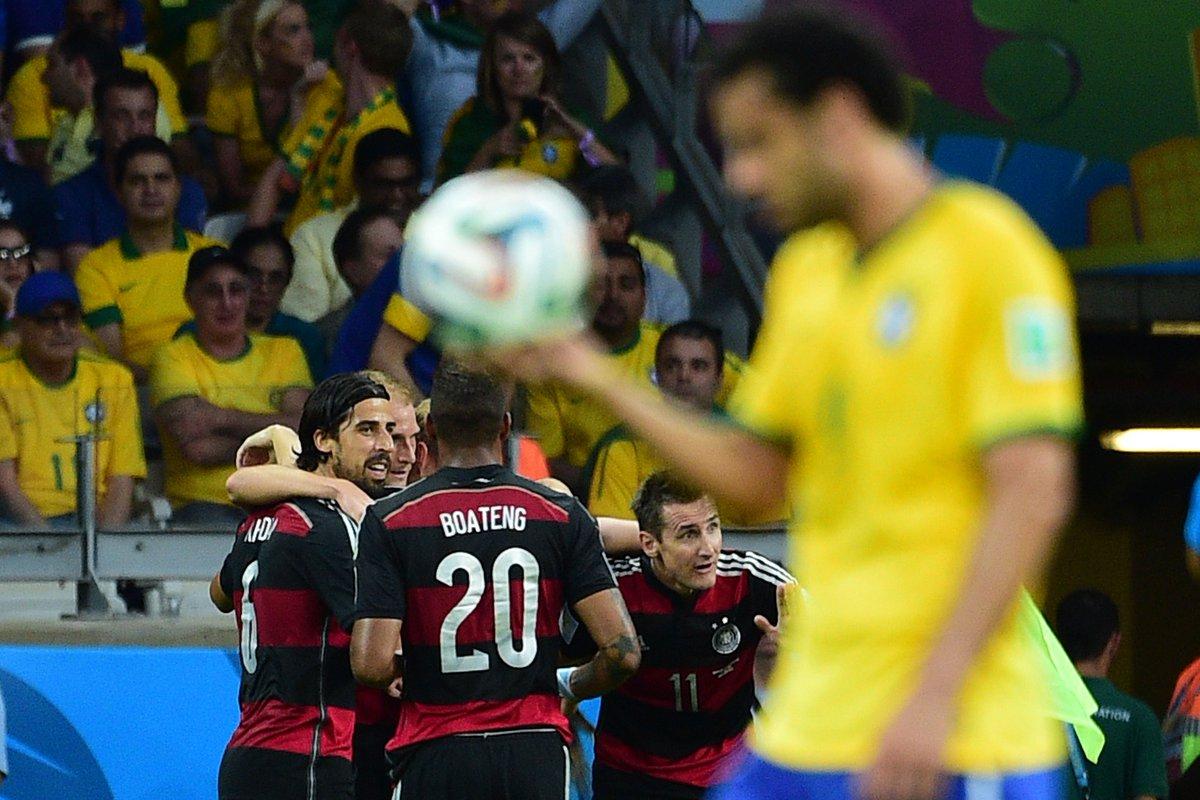Belo Horizonte... Mineirão...  Número '7'...  Sabemos como vocês se sentem, @udechile... É f*$@...