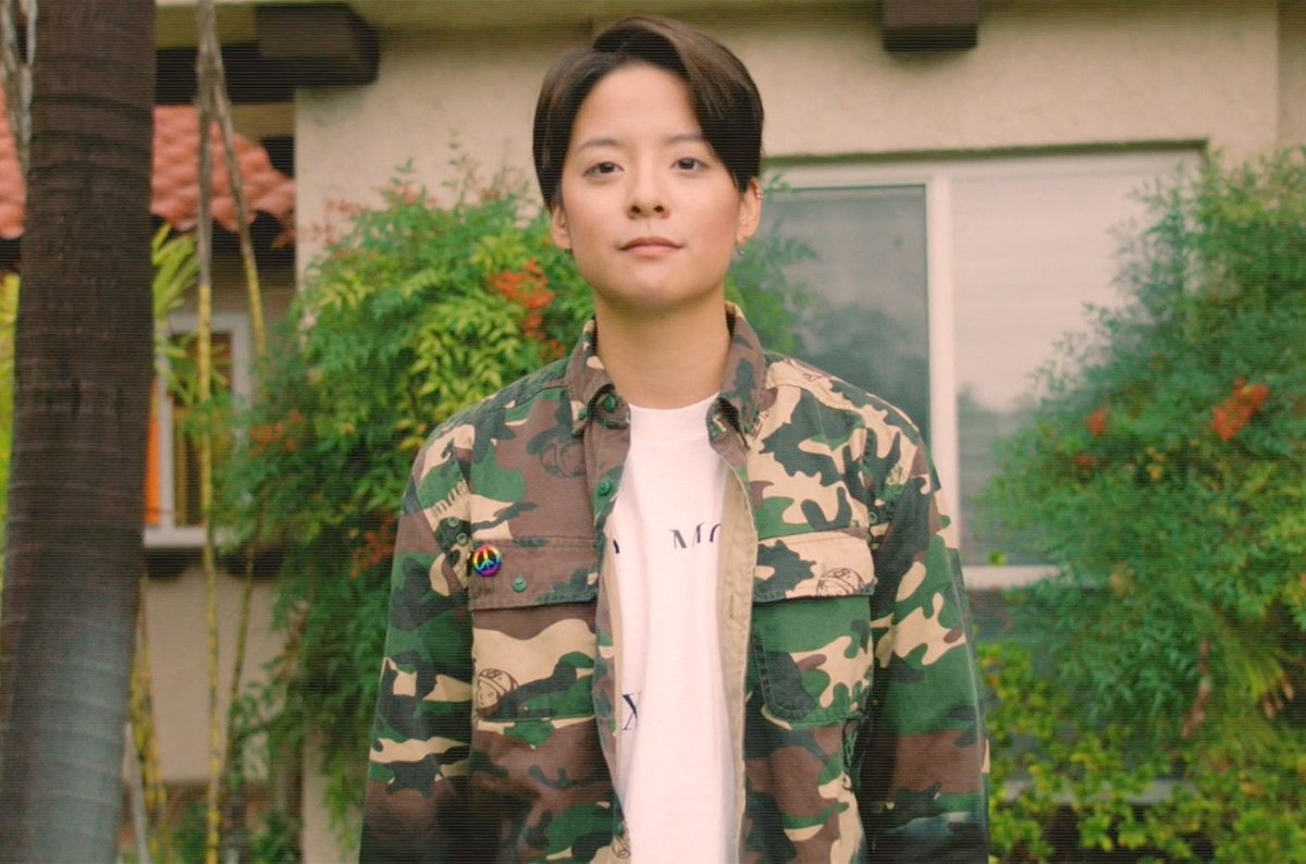 Amber opens up about 'Rogue Rogue' mixtape, heartbreak & why 'love is love' https://t.co/ZcnkPkacHI
