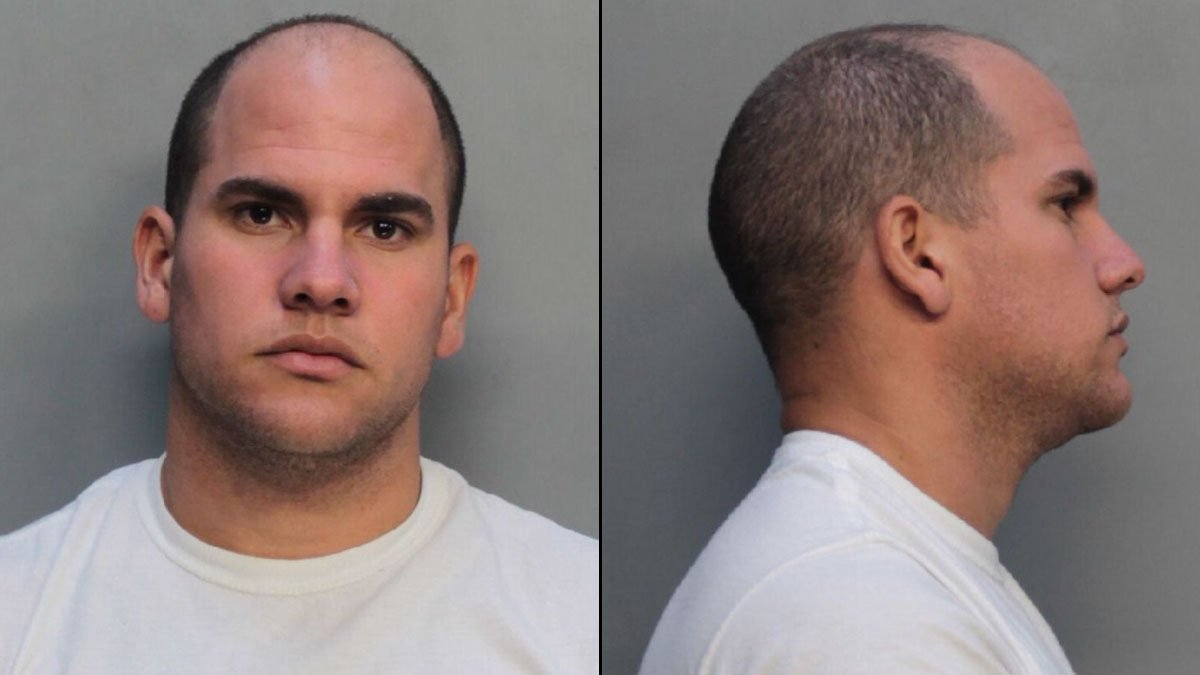 Leaking truck leads to man's arrest for running illegal gas operation in Miami-Dade, police say: https://t.co/d6inEGBmo1