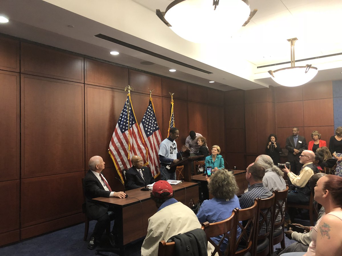 Today I joined @RepCummings to hear @MDcommunities members' incredibly moving stories of how the #OpioidEpidemic has impacted their lives.  The key takeaway: we can't deal with this problem unless we're willing to put up the resources.