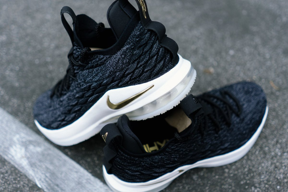 best website 2ed53 be263 Nike LeBron 15 Low White Metallic Authentic Kyrie shoes cheap for sale ...