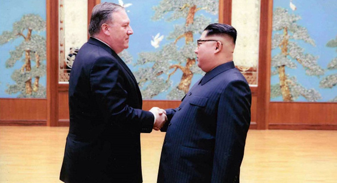 White House unveils photos of Pompeo's meeting with Kim Jong Un https://t.co/V6po8pAEmd