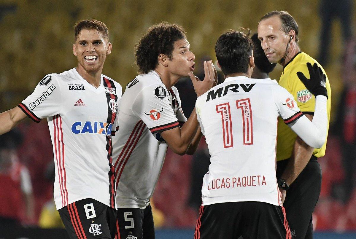 ブラジルサッカー hashtag on Tw...