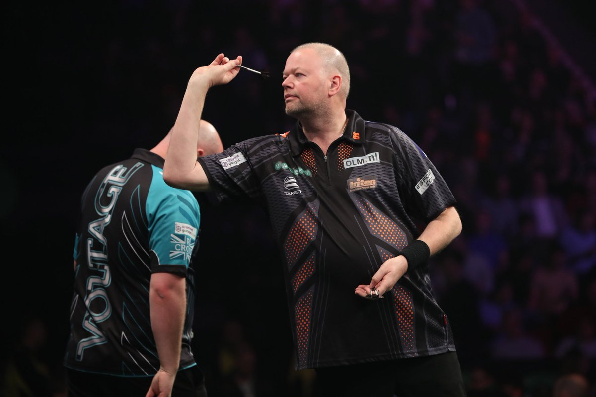 A point was not enough to give me another chance at the playoffs. @RobCross180 wasn't at his best also so a draw was fair. After the match had doping test !! Now in the hotel. Thanks for your support Manchester