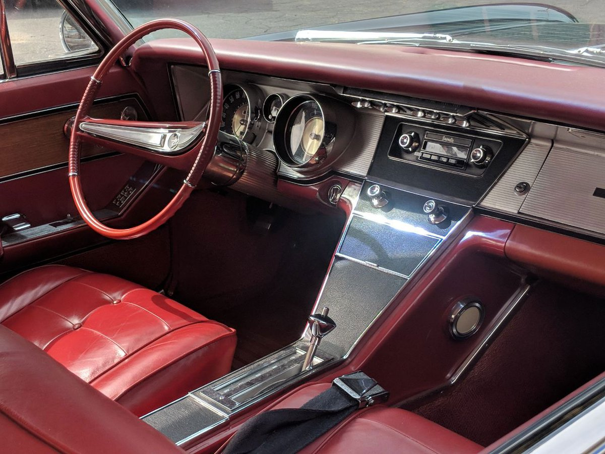 Buickriviera Hashtag On Twitter Automobile Interior Lights Fader Major Throwbackthursday Vibes From This First Gen Buick Riviera With An Absolutely Stunning Check Out Those Analog Faders Just Above The Radio