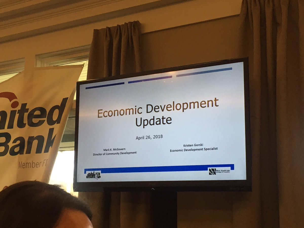 West Hartford&#39;s past year&#39;s business openings and scoop about what&#39;s coming from the annual Chamber of Commerce luncheon! #WestHartford #weha @TownofWestHrtfd  https:// we-ha.com/community-deve lopment-director-gives-business-buzz-tour-west-hartford/ &nbsp; … <br>http://pic.twitter.com/nxB0Yer4p9