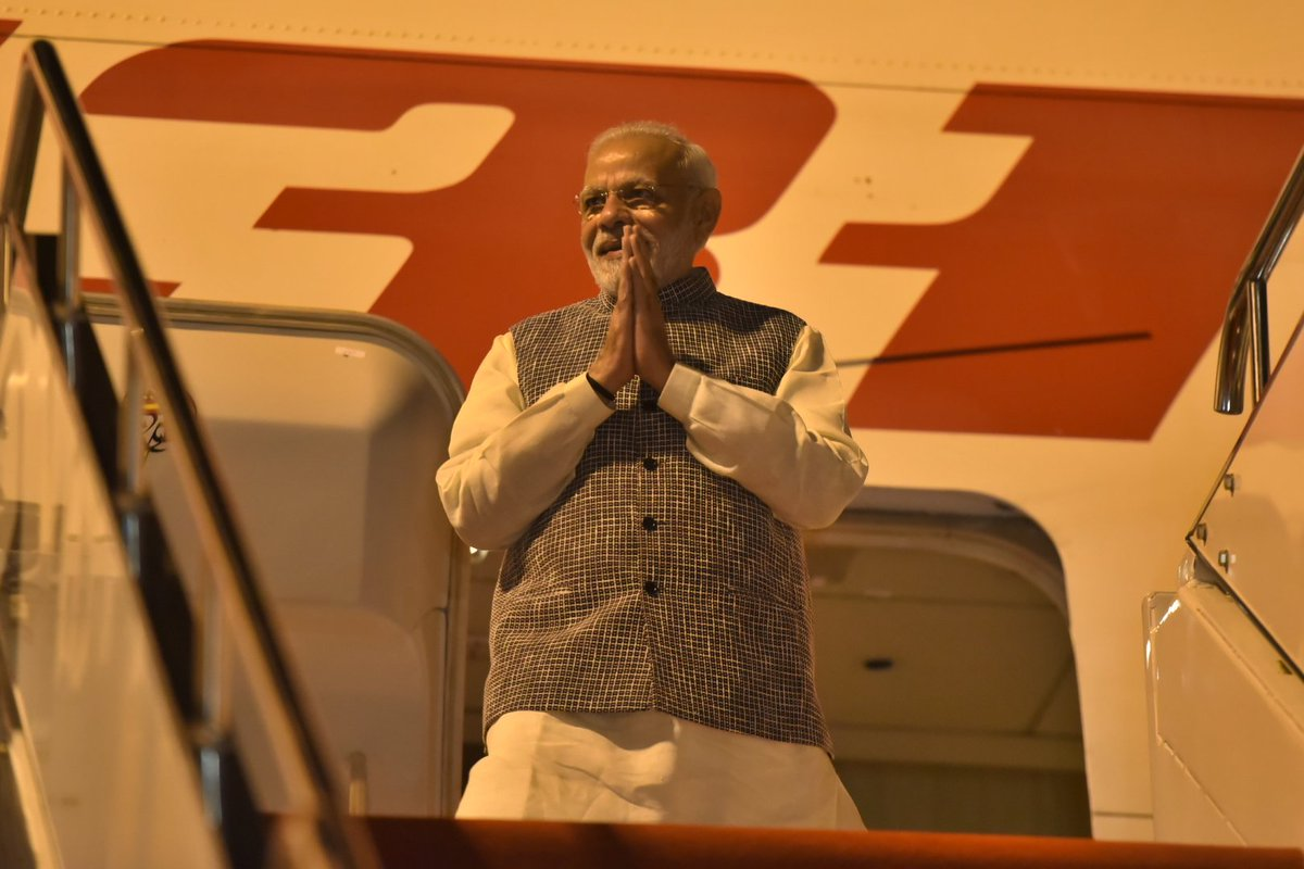 #Indian PM Narendra Modi arrived in Wuhan, capital city of central #China's Hubei Province, on Thursday for an informal two-day meeting with #Chinese President #XiJinping (Photo via @PMOIndia)