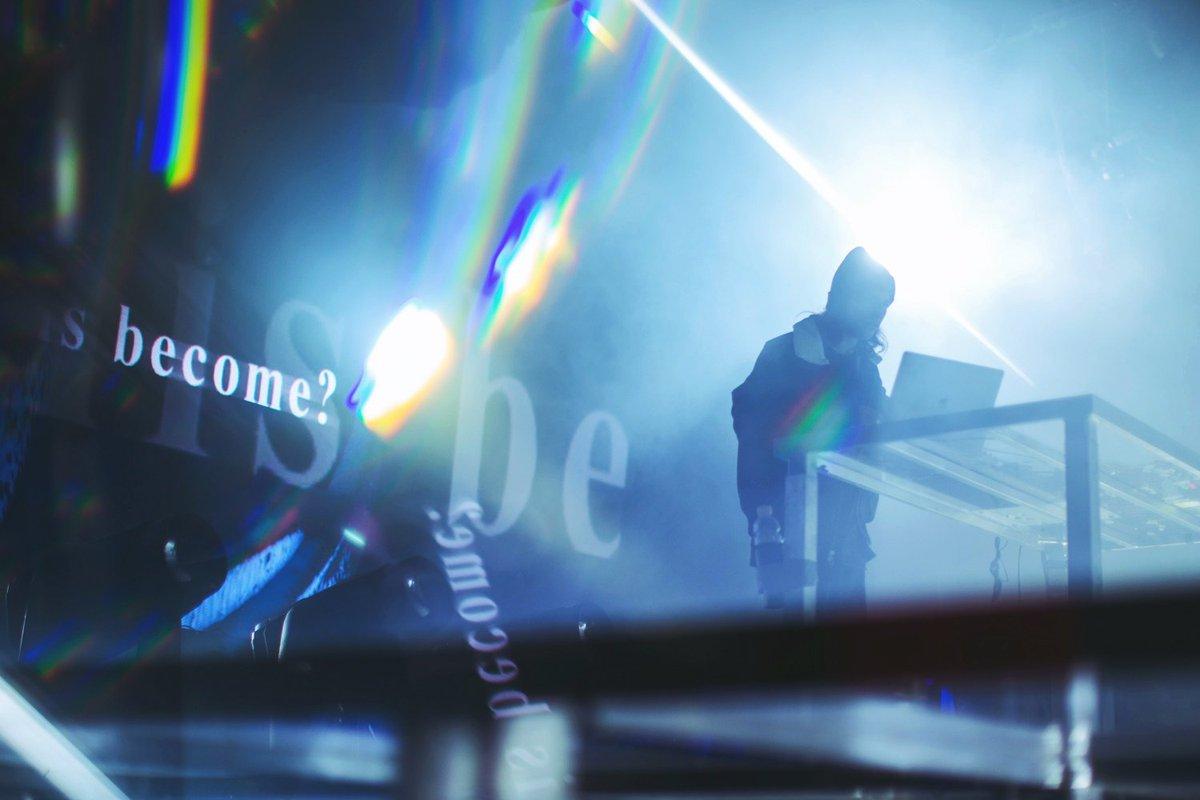 新プロジェクト「ヴァーチャルセルフ」の1次先着先行スタート。 VIRTUAL SELF TOKYO 5.31 // AKASAKA BLITZ // TICKETS AVAILABLE NOW チケット情報: hipjpn.co.jp/archives/48834
