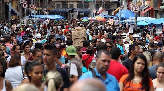 Da @RedeTV: Número de brasileiros que se declaram pretos cresce 22% em 5 anos, diz IBGE https://t.co/H7v69YyLcd