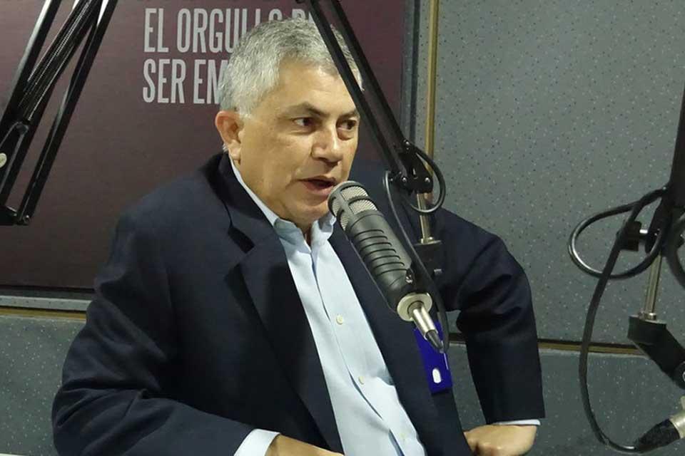 """#ENTREVISTA Reinaldo Quijada busca erosionarle el """"chavismo duro"""" a la votación de Maduro https://t.co/t1v7y2WD7H"""