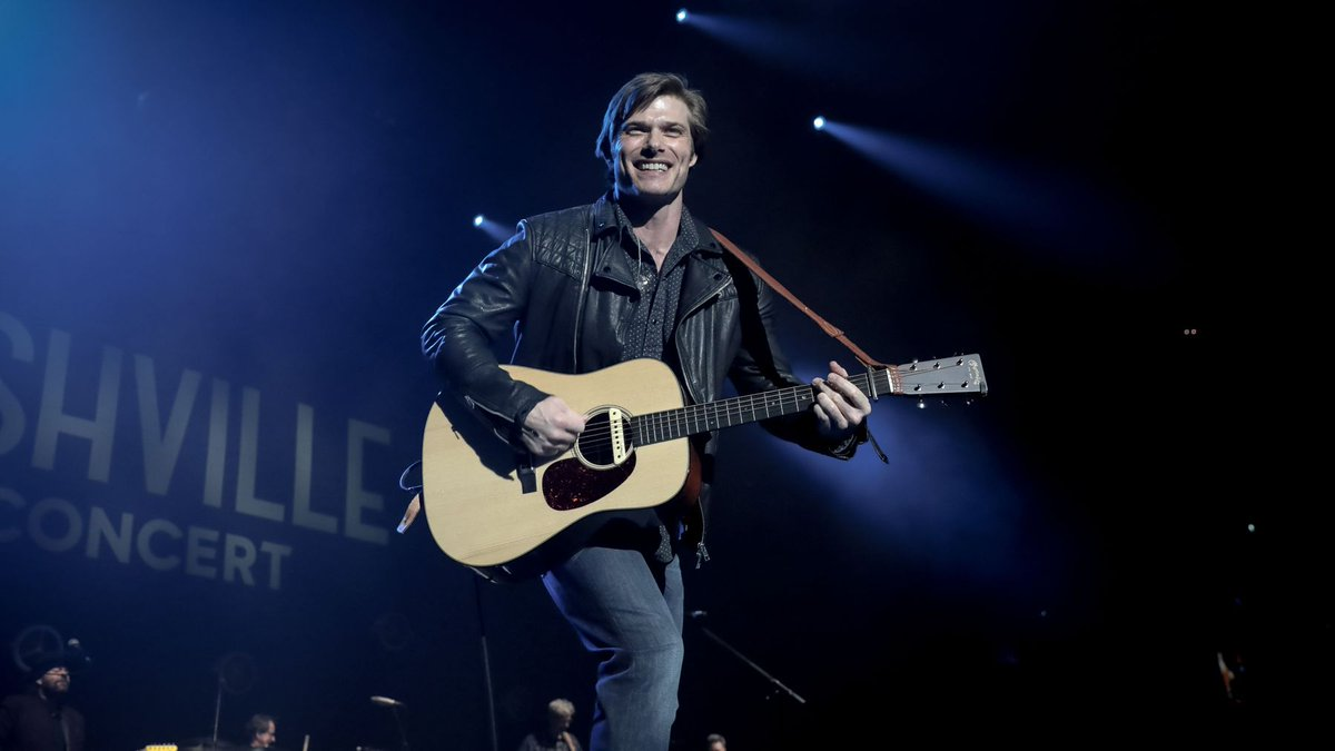 #NashvilleCMT closes the farewell tour in UK and Ireland. See pics from the final shows > https://t.co/uwqdqpzq4H