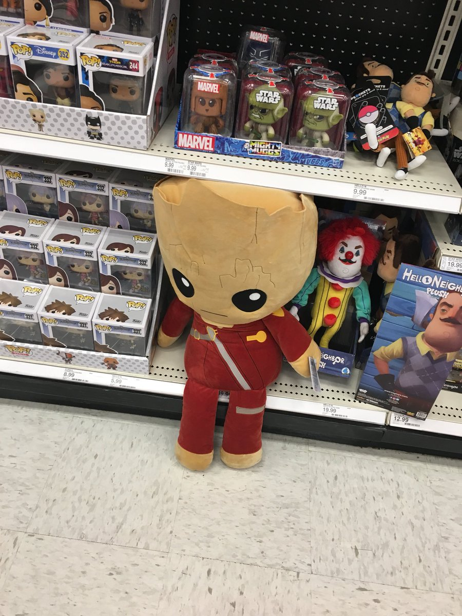 Def need this #Groot !!  (just gonna forget I ever saw that freaky clown in the background ) #avengers #AvengersInfinityWar #iamgroot  <br>http://pic.twitter.com/6aUePzppj4