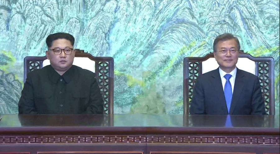 BREAKING NEWS: North and South Korea will sign a peace treaty to formally end the Korean War later this year, 65 years after hostilities ceased https://t.co/cKEMmhZdvj