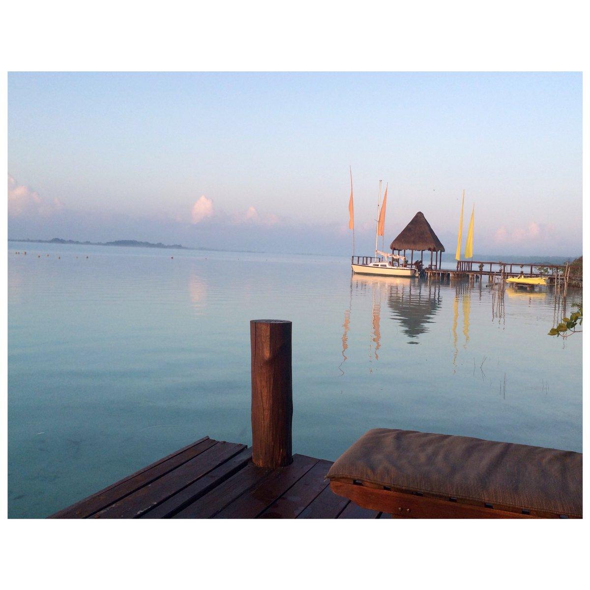 FBF, take me back to Lake Bacalar #sunset #lakebacalar #lakeofsevencolours #mexico #water #flag #jetty #fbf https://t.co/HFI8JzahwL