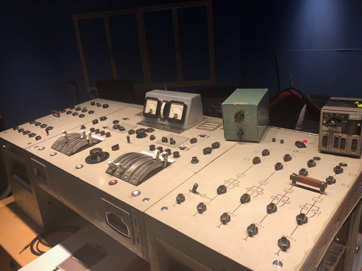 The Beatles Polska: Fani mają nadzieję, że Giles Martin pracuje nad miksami do Białego Albumu