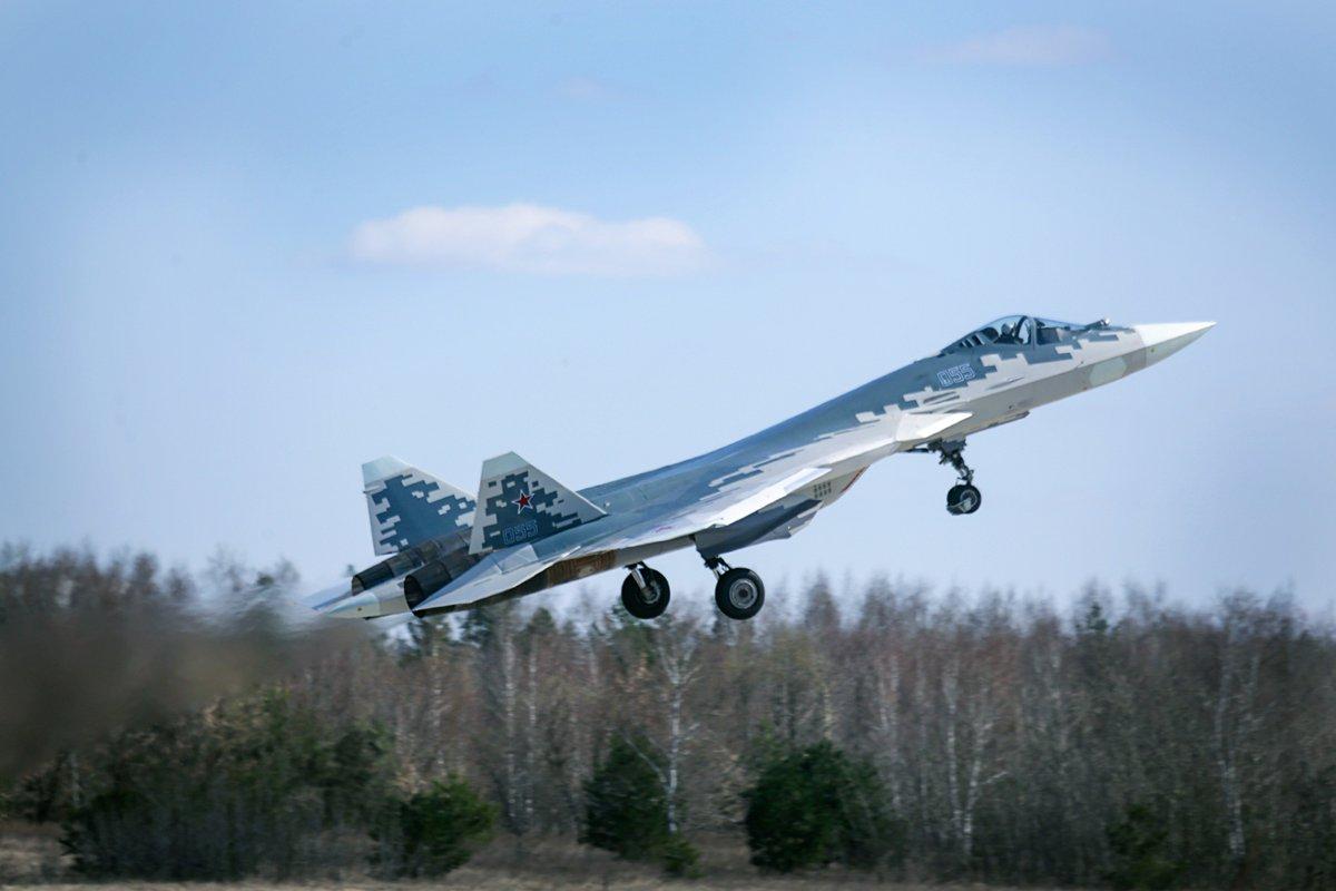 مقاتله Sukhoi T-50 PAK FA سيتغير اسمها الى Su-57  - صفحة 3 DbyPM0EX4AUcCgy
