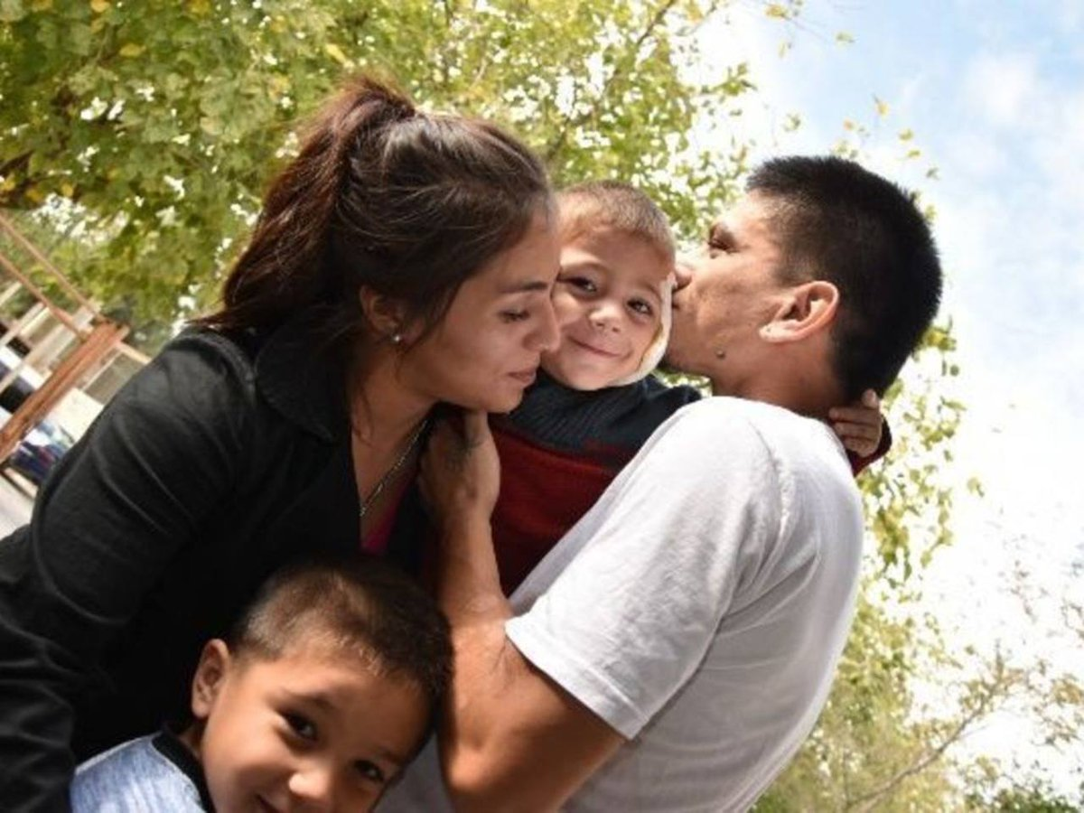 San Juan | Nadó 570 metros en un pozo a oscuras para salvar a su hijo