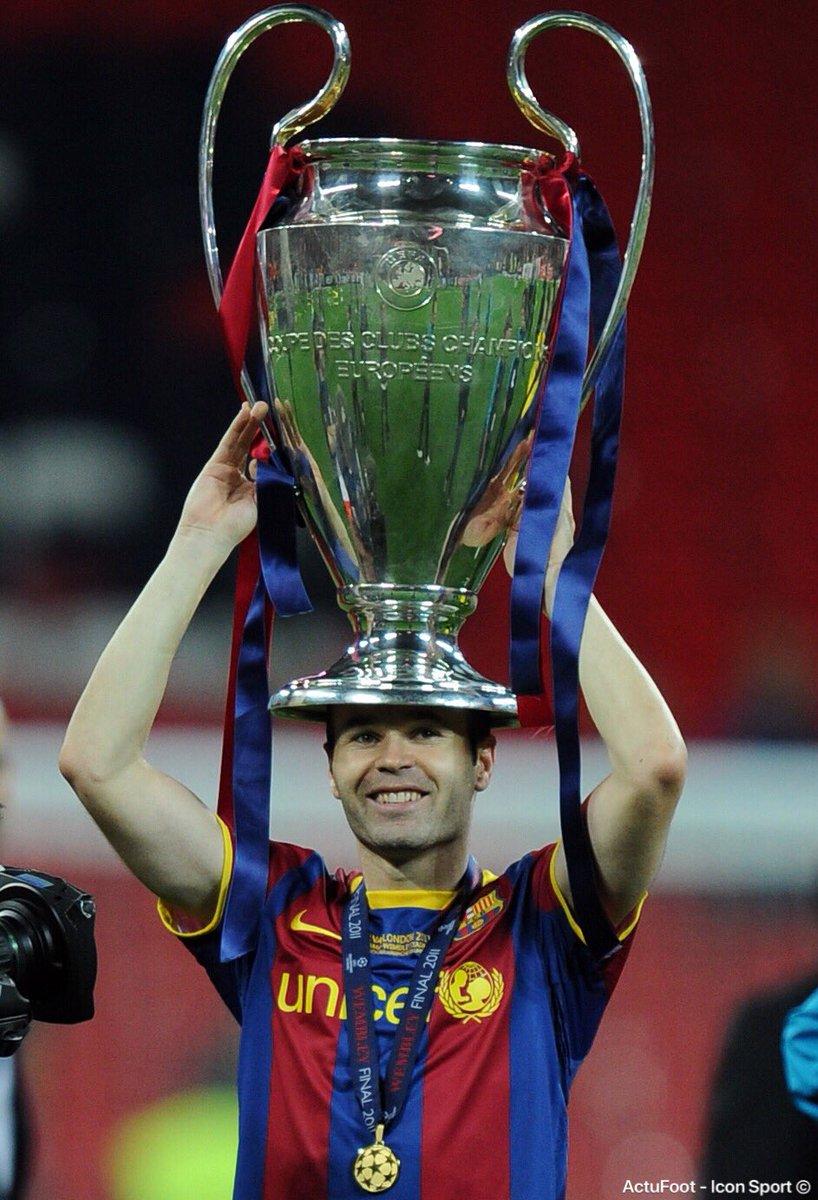 L'un des meilleurs joueurs de l'Histoire, l'allégorie du grand Barça, une légende du sport se retire. Un pied droit en or, une vista sans égale et un état d'esprit irréprochable qui lui vaut, aujourd'hui, le respect de tous au-delà des clivages.   Gracias Andrés. ❤