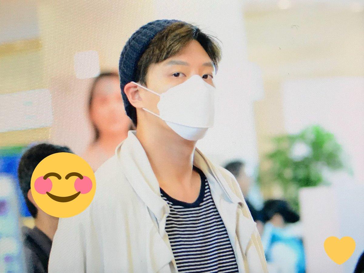 [ F.Cuz] YeJun  &JinOn  Aeropuerto PRE : 180427 HND DbznrgpU8AAG55I