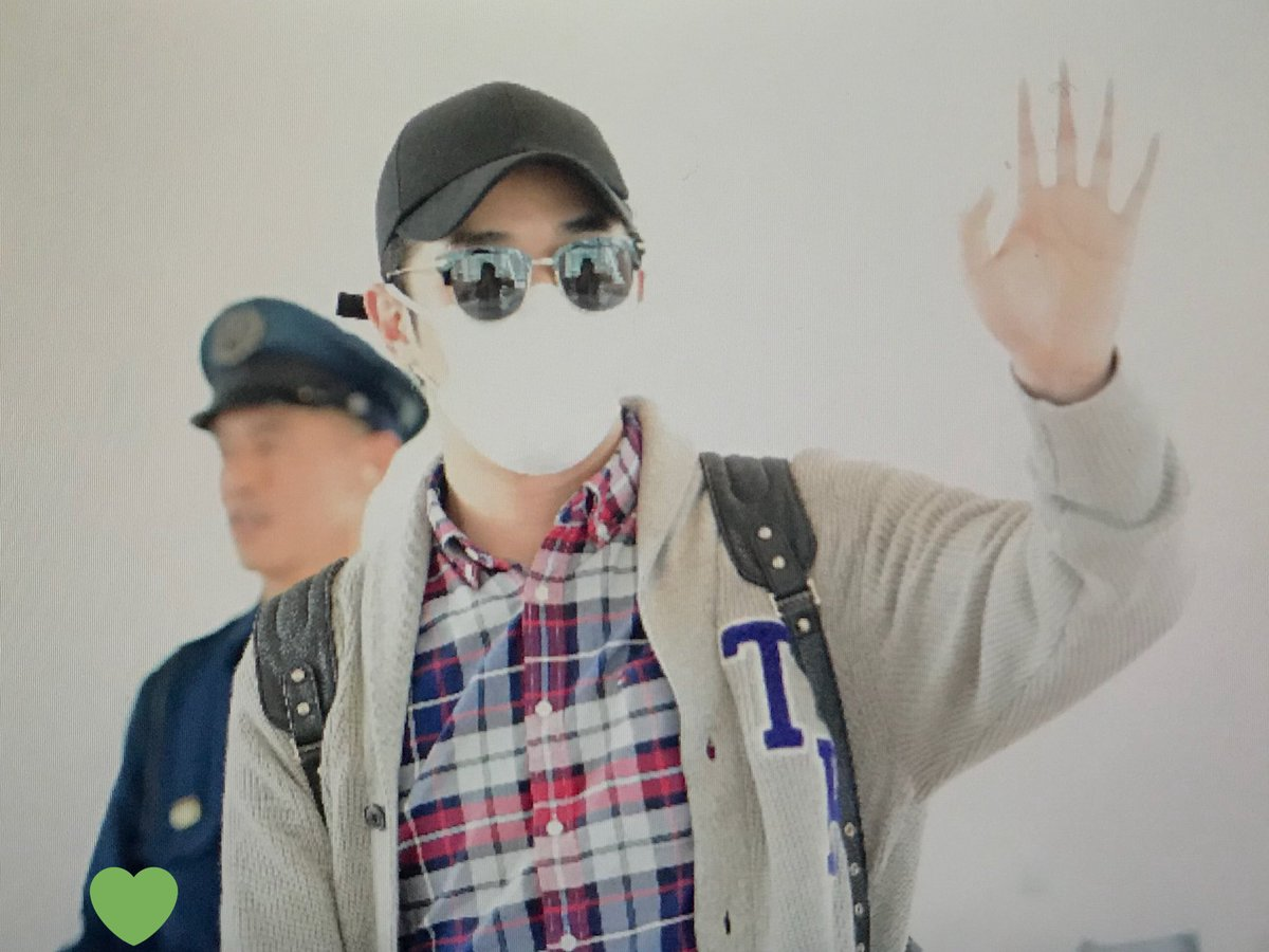 [ F.Cuz] YeJun  &JinOn  Aeropuerto PRE : 180427 HND Dbzo5PfVAAEkLuo