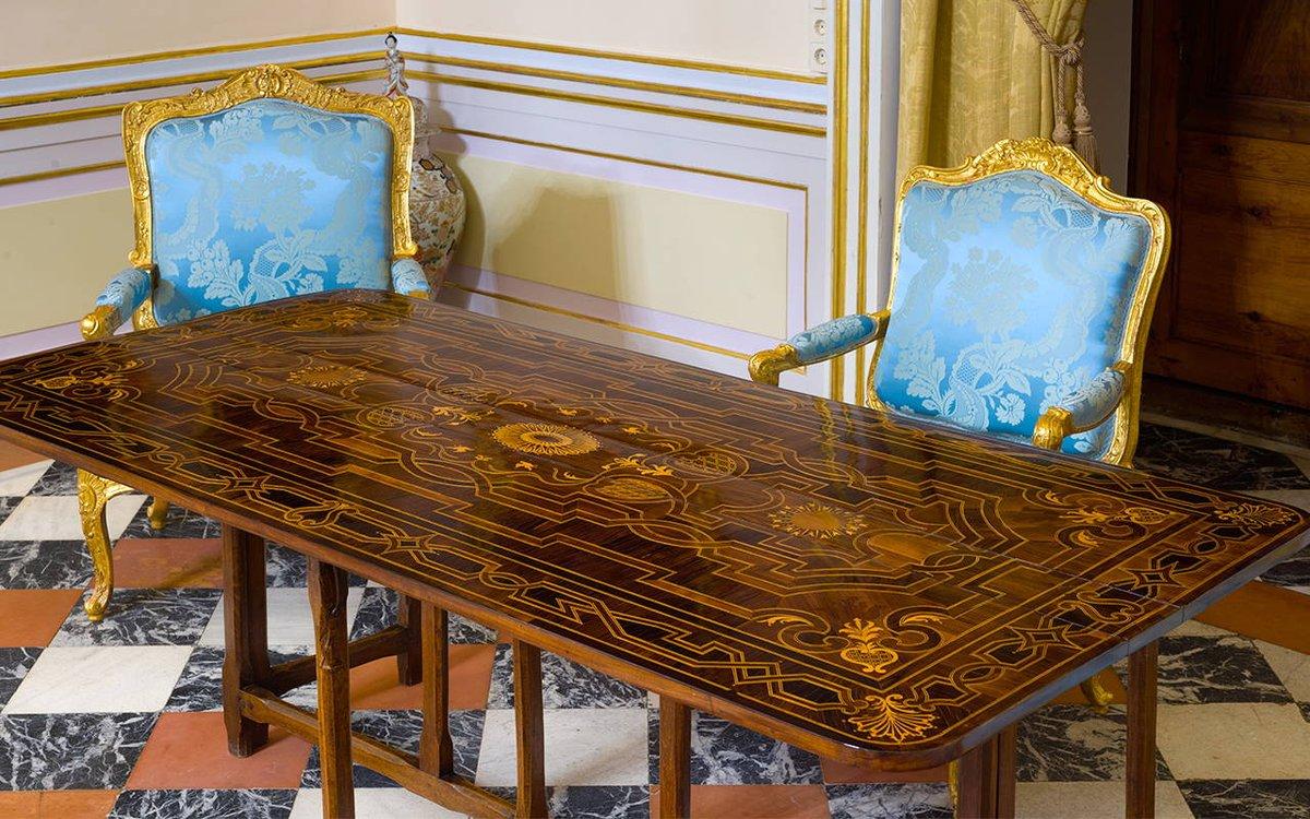 Patrimonio nacional on twitter con m s de obras la colecci n de muebles de patrimonio - Muebles el siglo ...