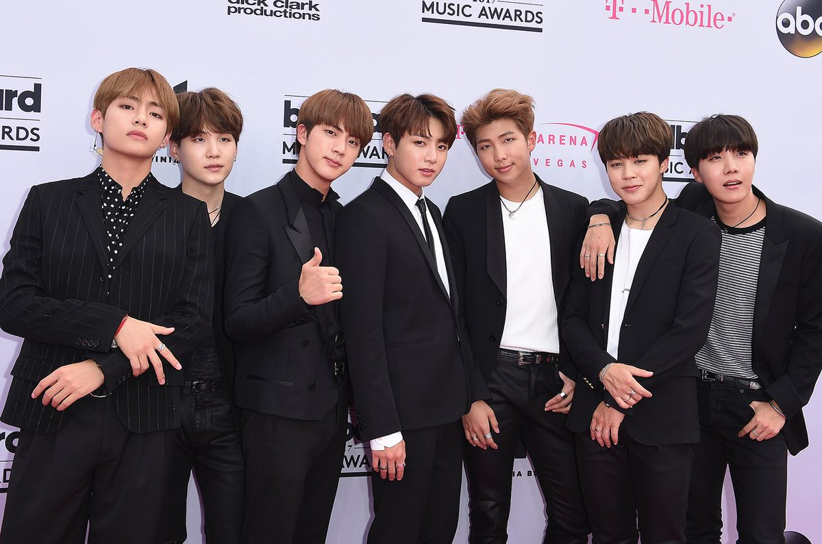 .@BTS_twt unveiled the promo images for their forthcoming album 'Love Yourself: Tear' https://t.co/gy2TmlVhWN