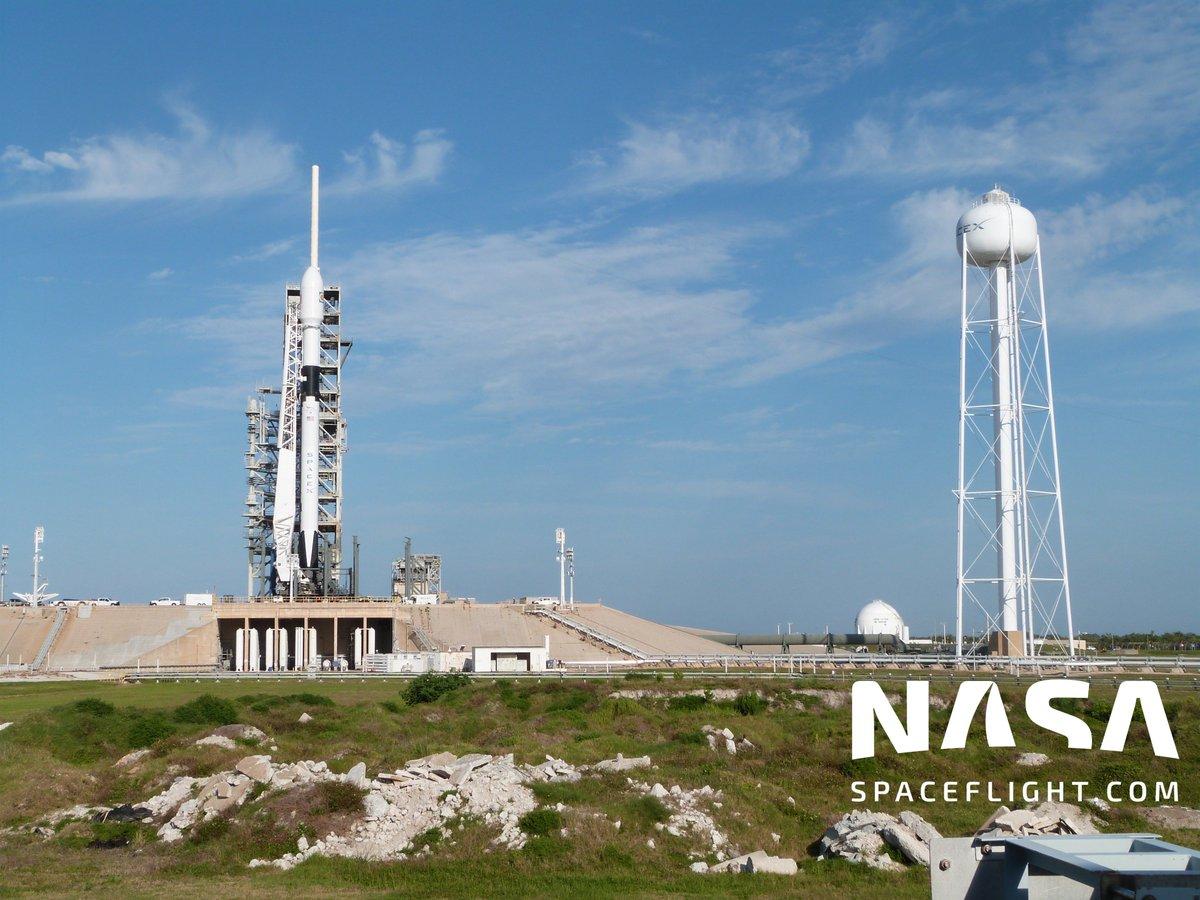 Falcon-9 (Bangabandhu-1) - 11.5.2018 - Page 5 Dc1fajQXkAAepIs