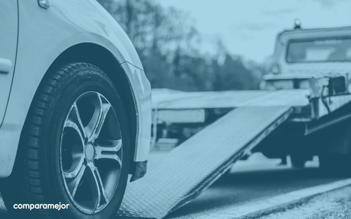En Colombia, el 60% de los vehículos no tiene SOAT. Te contamos las 5 cosas que te pueden ocurrir si no tienes este seguro obligatorio.  Recuerda que a través de ComparaMejor lo puedes comprar en solo 5 minutos >> https://t.co/6B5uP9ci5u https://t.co/UMazt93LpV