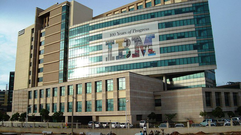 IBM bans workers from using all removable storage devices, like USB sticks