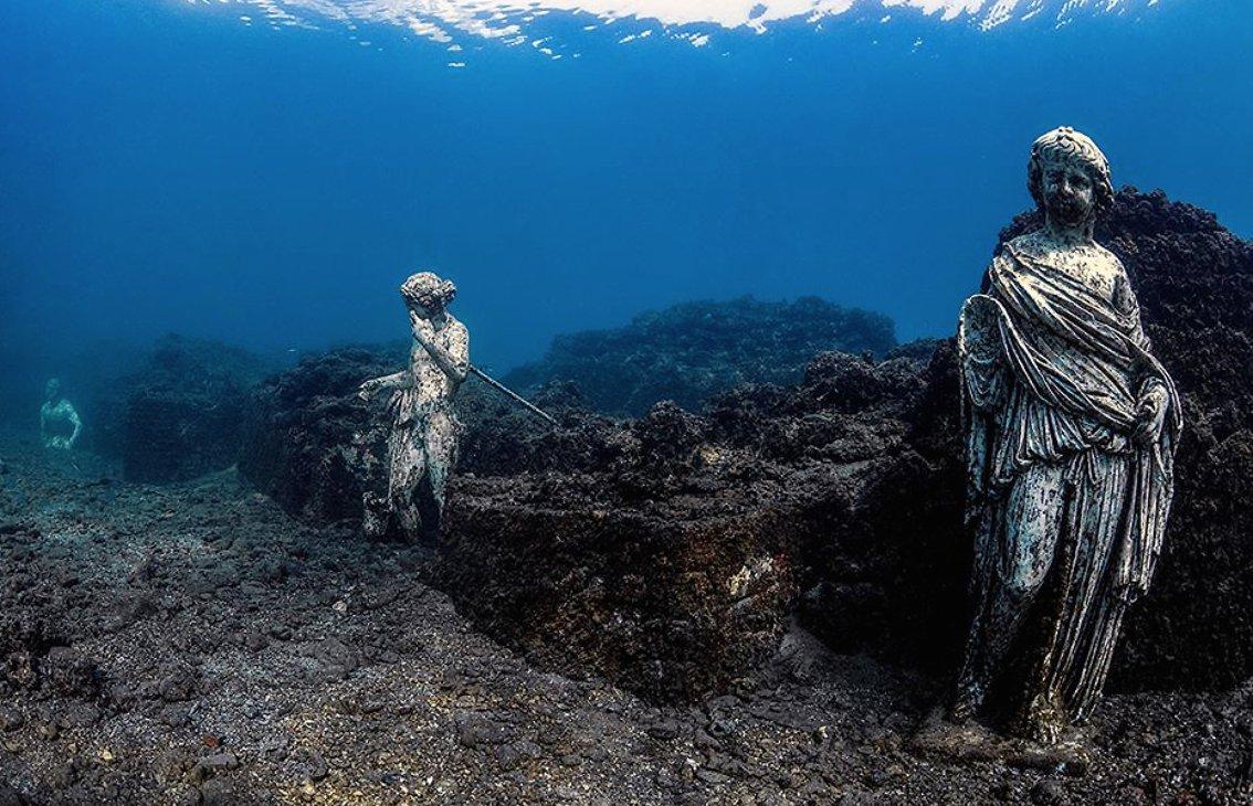 Torna visitabile l'Atlantide flegrea: il Parco archeologico sommerso di Baia riapre i suoi spazi #archeologia #atlantide #Baia #CampiFlegrei #Campania #Mibact http://goo.gl/M5TsAe  - Ukustom