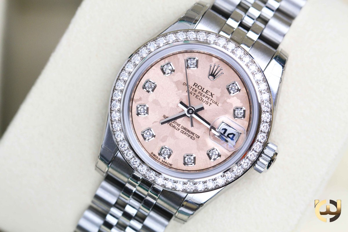 Rolexwrist Photos And Tags Hastag Trend Topic Billstone Collector 2 Watch Winder Ebony Cheshire Co We A Pink Dial Rolex Discover Our Exclusive Collection Of Ladies Date Just Modelsin Store Now For More Details Contact Us On