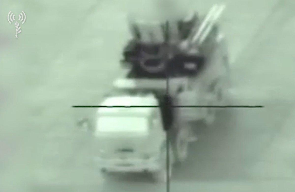 "إسرائيل تشن هجمات داخل سوريا ردا على ""قصف إيراني"" Dc2c55lW0AApyug"