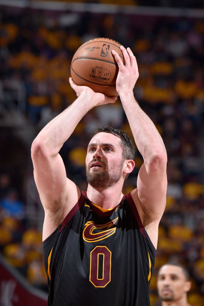 Kevin Love and Kyle Korvers numbers in this years Eastern Conference Semi-Finals for the @cavs:  Love - 20.5 PPG, 47.5 FG%, 11.5 RPG, 1 SPG, 1 BPG Korver - 14.5 PPG, 58.3 FG%, 56 3P%  on.nba.com/2wtPI4J on.nba.com/2I5drgU
