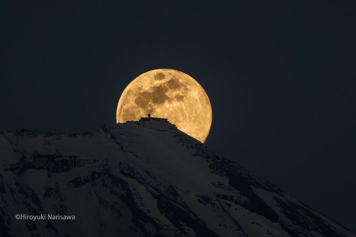 """FUJIFILMXseriesJapan on Twitter: """"本日は、星景写真家としても活動 ..."""