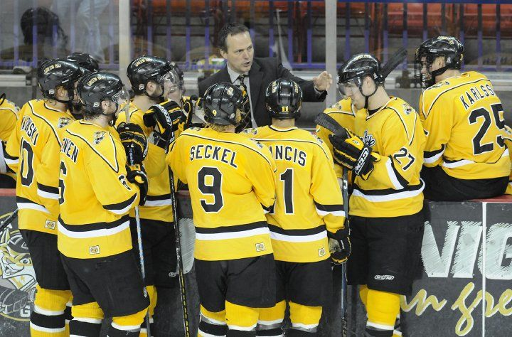 Green Bay Gamblers On Twitter We Are Hoping For Tblightning Vs Nhljets In The Stanleycupfinals Gobolts Gojets Congrats To Former Gamblers Jon Cooper Hc And Blake Wheeler On Reaching The Conference Finals