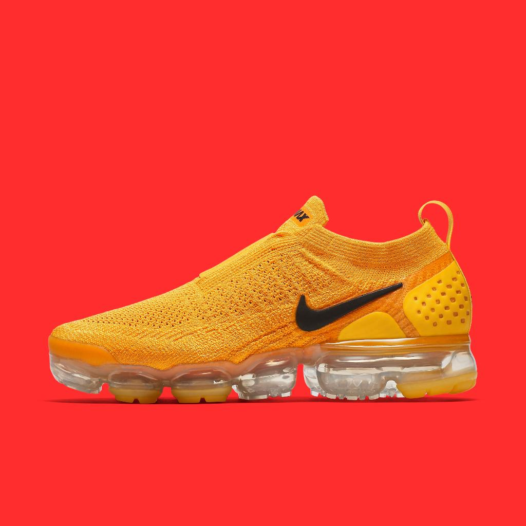 de2aaf46b1388 Ladies what do you need laces for   Nike VaporMax Moc 2 Available Now  In-Store + Online  http   bit.ly 2jPxjGv pic.twitter.com mM6sI0dLHr