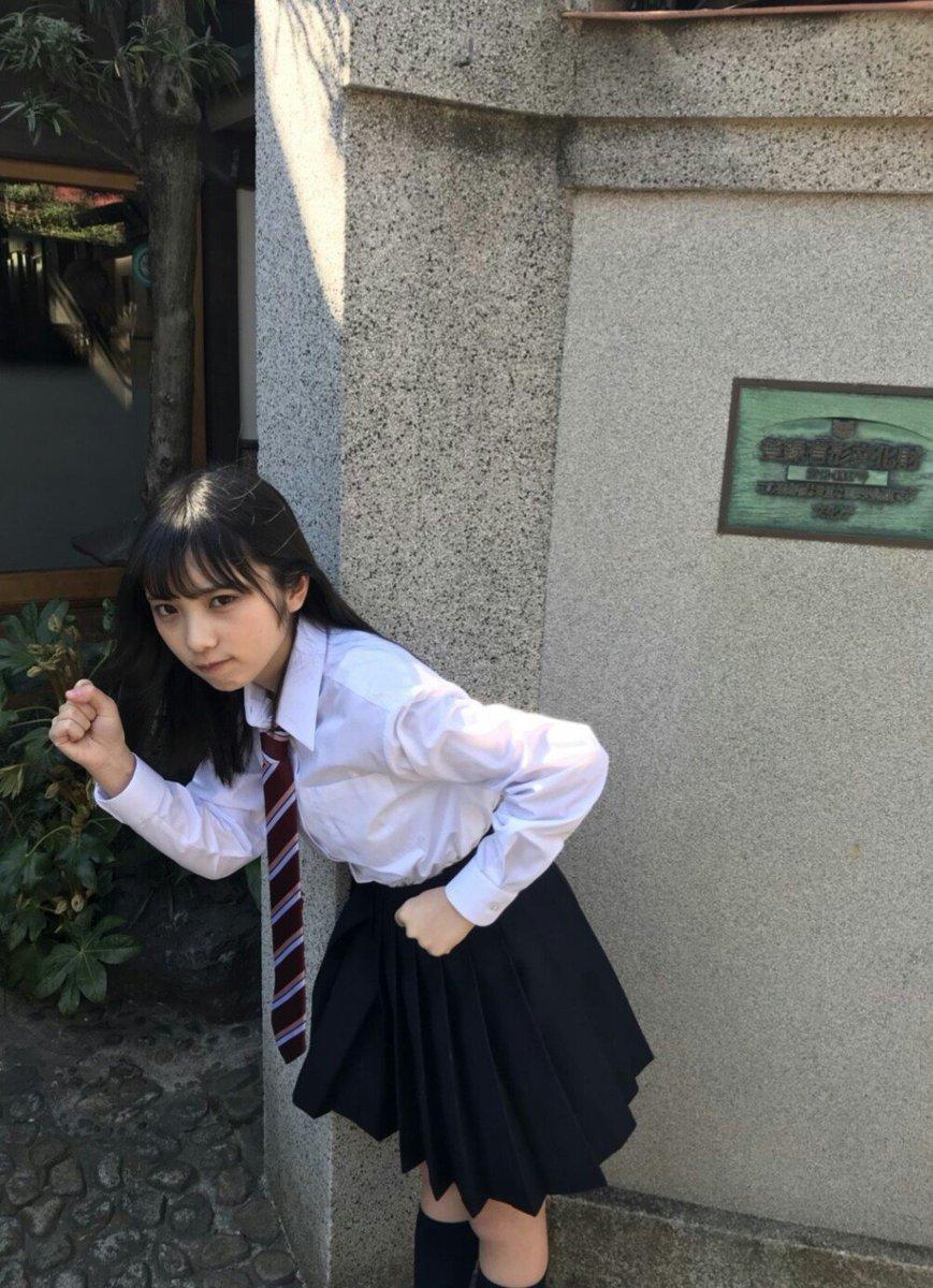 走るマネの与田祐希