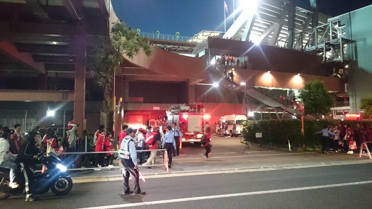 マツダスタジアムの転落事故現場の写真画像