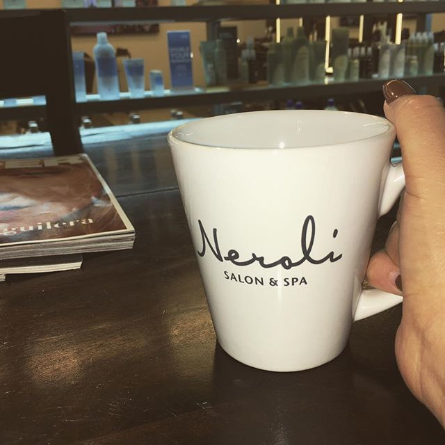 Some #collectivocoffee is a must on rainy mornings like this one at @nerolisalonbrow!  Beverages, including #avedacomfortingtea, are readily available upon arrival to your appointment! Schedule today! #nerolimadison #nerolisalonandbrowbar #madiso… https://ift.tt/2IekqA8 pic.twitter.com/yvxKhGxONa