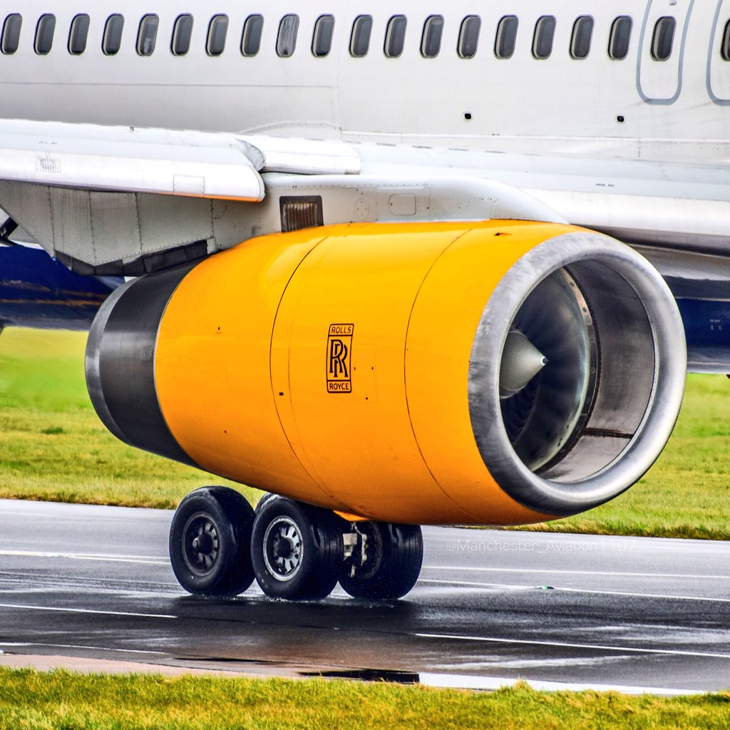 """Adam Nadeem on Twitter: """"Love the engines on the @Boeing #757! @RollsRoyce  #RB211 engines on this @Icelandair 757 taxiing to 05L @manairport!… """""""