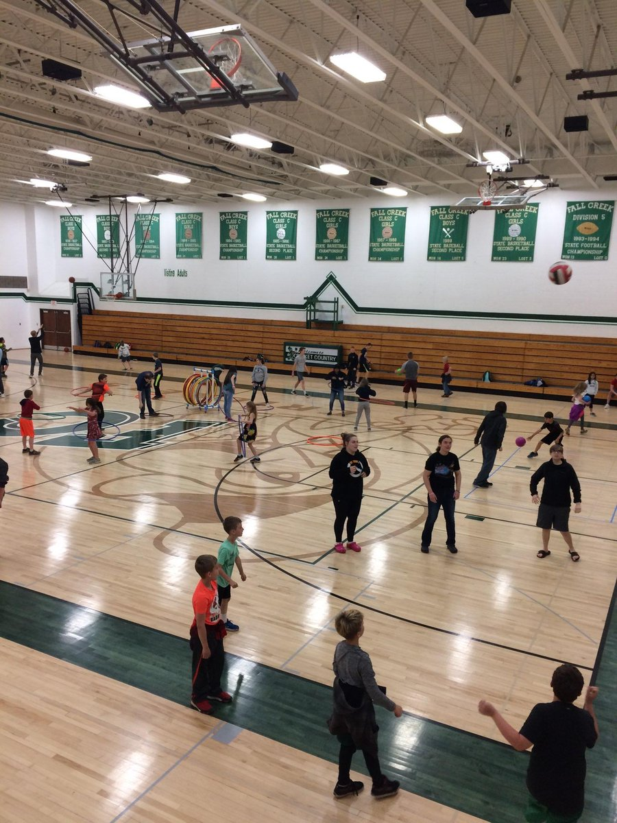 Creative Lesson Planning Where Hs Students Facilitated 6 Fitness Stations For 4th Graders Fun In Cricket Country Gocrickets Physedpic Twitter Com