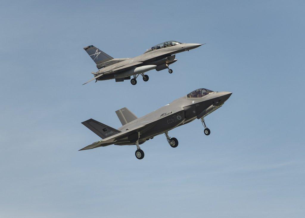 """تركيا.. الإعلان عن موعد استلام الدفعة الأولى من طائرات """"إف-35"""" Dc7w4ykXcAEfHEK"""