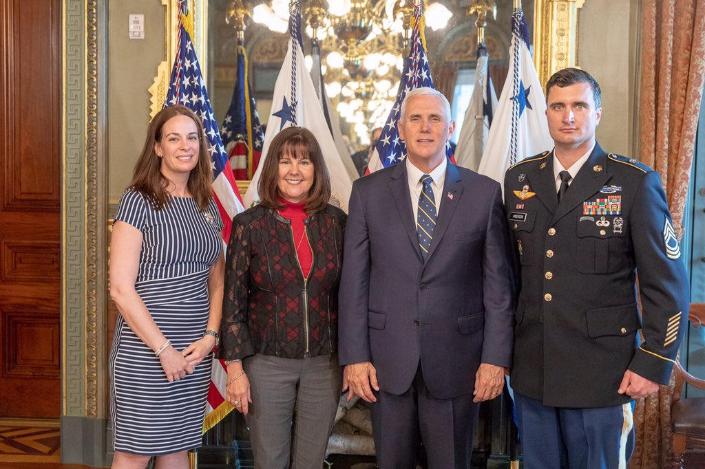 Congratulations to Krista Simpson Anderson for being named Military Spouse of the Year 2018 last night at the USO-Metro Gala in Washington, DC. She and her husband are stationed at @JBLM_PAO. The @VP and I had the privilege of meeting the lovely military couple yesterday.
