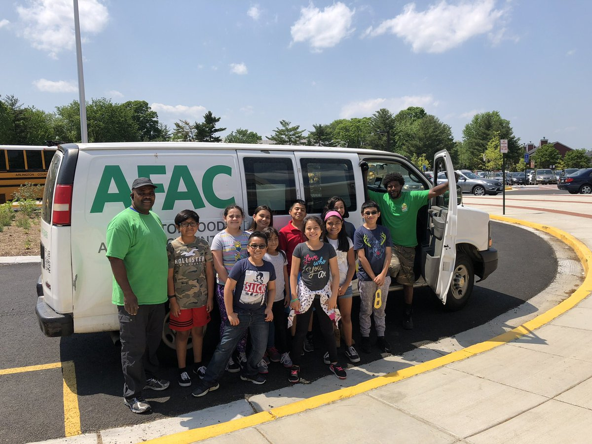 Thank you, <a target='_blank' href='http://twitter.com/AbingdonGIFT'>@AbingdonGIFT</a> families, for a successful food drive! The food is on its way to <a target='_blank' href='http://twitter.com/AFACfeeds'>@AFACfeeds</a> <a target='_blank' href='http://twitter.com/AbingdonPTA'>@AbingdonPTA</a> <a target='_blank' href='http://twitter.com/APS_ProjectYES'>@APS_ProjectYES</a> <a target='_blank' href='https://t.co/lLkaX8igy9'>https://t.co/lLkaX8igy9</a>