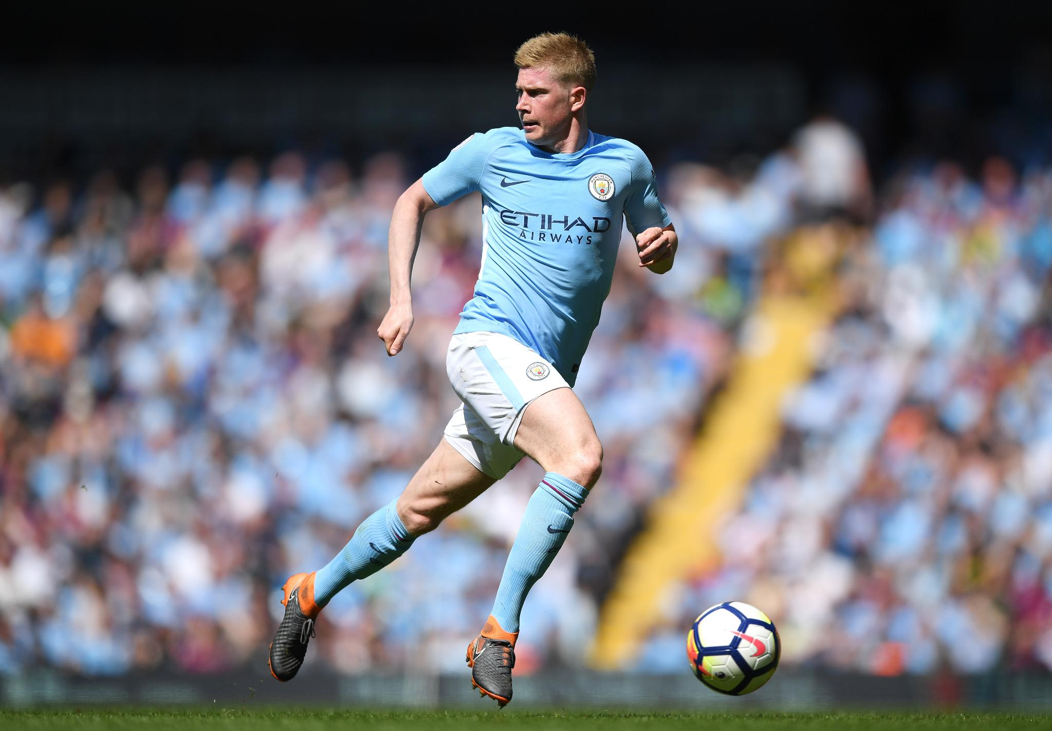 Man City's magnificent maestro ��  The stats behind Kevin De Bruyne's amazing campaign: https://t.co/icxnxxMIcd https://t.co/FhtI4SWanw