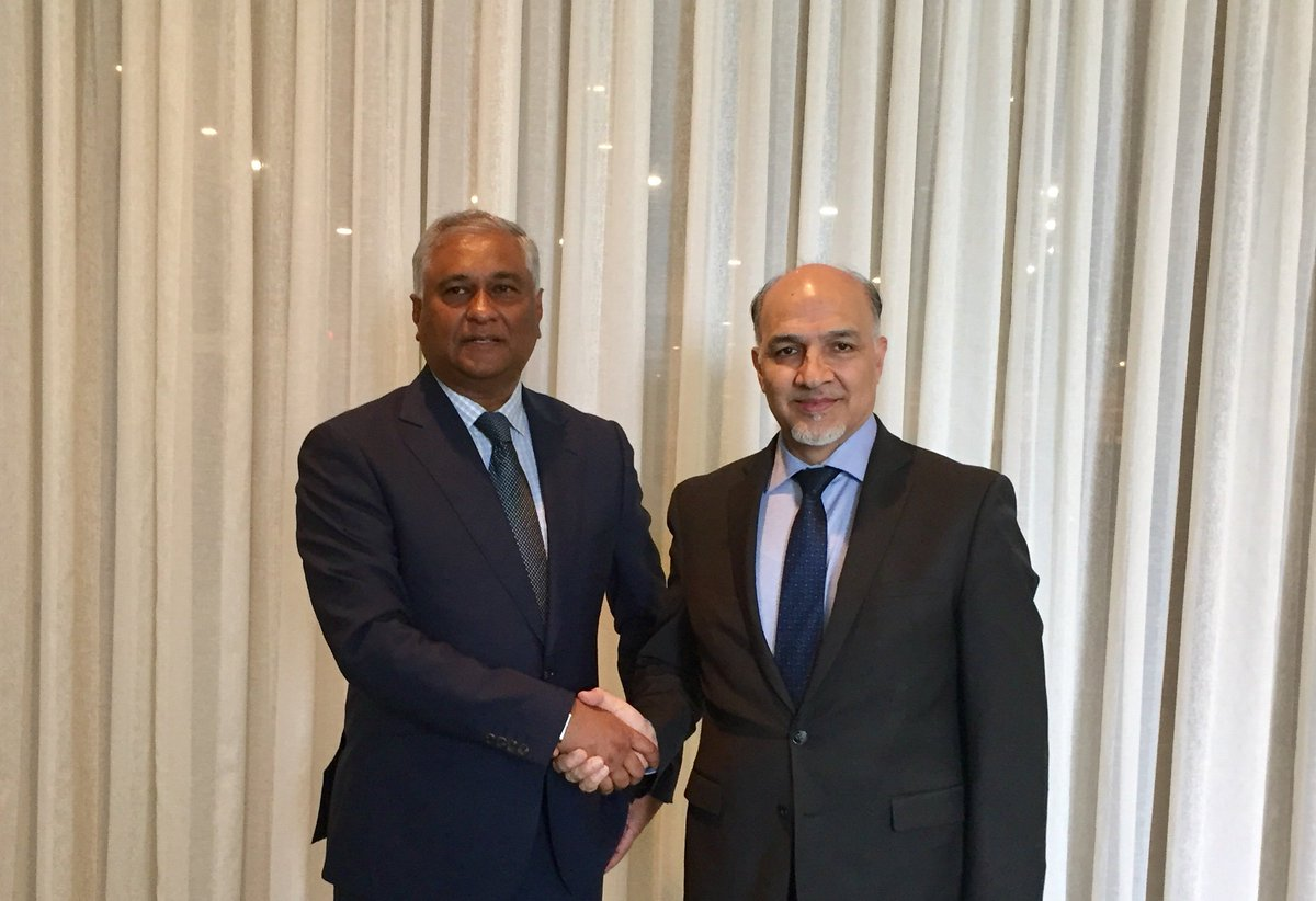 Amb @MahmoudSaikal congratulates Ambassador Satyendra Prasad on his recent appointment as new #Fiji Permanent Representative to the UN. The two PRs discussed bilateral relations and UN issues of mutual interest.
