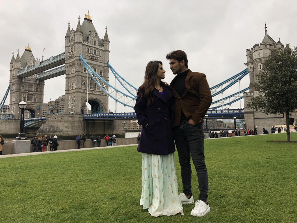 deep, arohi, aarohi, arjun bijlani, aalisha panwar, alisha panwar, images, london, latest, pics, pictures, photos